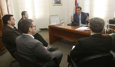 Gobierno apunta  a dirigentes y dice que no hay barras, sino delincuentes