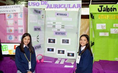 Cientos de alumnos en la Expocientec