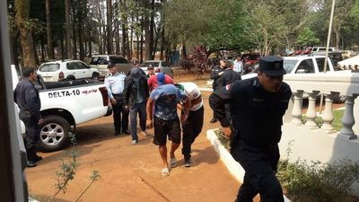 Doce detenidos tras incidentes con paseros
