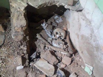 Goiburú pide recursos para analizar huesos hallados en casa de Stroessner