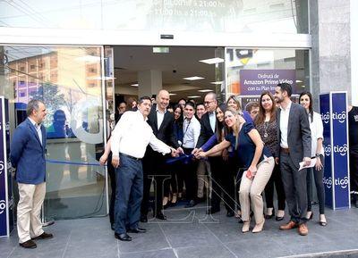 Tigo abrió nueva tienda en Shopping Multiplaza