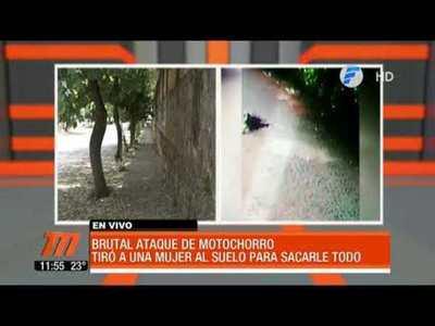 Brutal ataque de motochorros en Lambaré