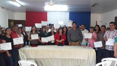 El  SNPP entregó certificados a más de 400 jóvenes y adultos capacitados en Arroyito