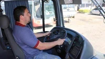 MTESS oficializa curso de mecánica en local de Línea 29, Panchito López