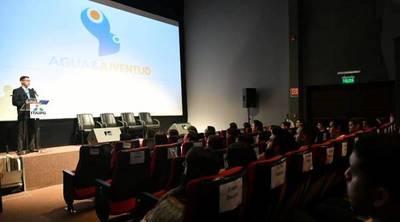 Jóvenes presentaron proyectos para optimizar el uso del agua en Paraguay
