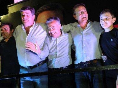 Frente de Macri arrasa en comicios de Mendoza