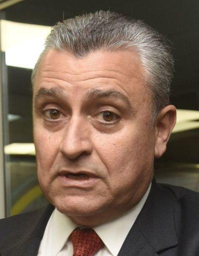 Coordinadora Nacional de Policías Retirados exige la destitución de Villamayor