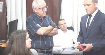 """Caso Indert: """"No  voy a renunciar, no hay motivos"""""""
