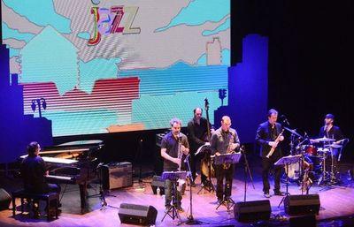 Euforia y alto nivel musical en Asujazz