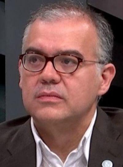 Dicen que Ullón iría a otro cargo en el PE