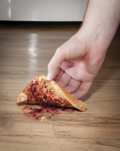 """Comidas al suelo: la regla de los cinco segundos nos dicen """"stop"""""""