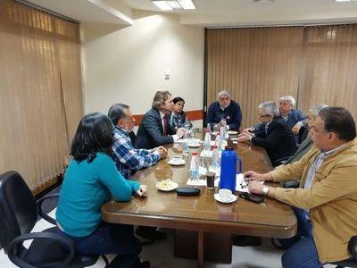 Diputado brasilero reúne datos con senadores sobre responsabilidad de Jair Bolsonaro en acuerdo secreto