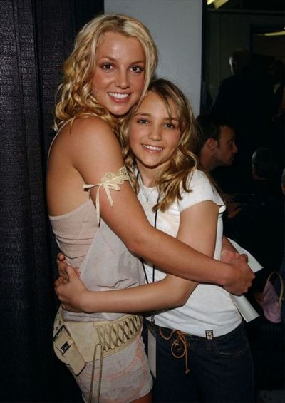 Hermana de Britney reacciona furiosa a rumores de que la tienen en cautiverio