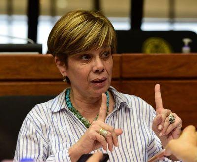 Desirée Masi acusa a Cartes de utilizar medios de prensa para crear inestabilidad en el gobierno