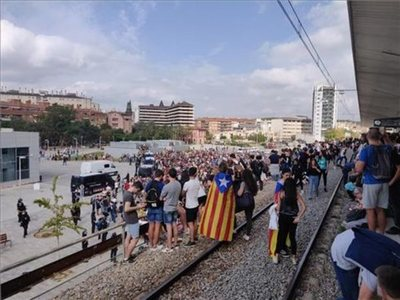 Cataluña registra nuevas manifestaciones y cortes de carreteras