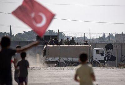 Rusia dice que tropas turcas no pueden penetrar más de cinco kilómetros en Siria