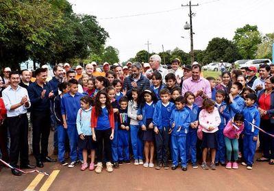 Inauguran asfaltado de 12 km que une  Guayaybí y Santaní