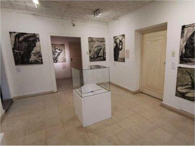 Muestras de arte brindan tributo a célebres artistas