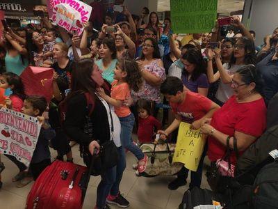 Docentes volvieron al país luego de 2 meses de especialización en Chile