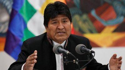 Evo Morales se proclama ganador en la primera vuelta