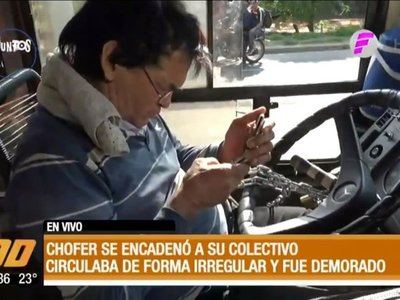 Chofer se encadenó a su volante cuando lo agarraron por circular sin permiso