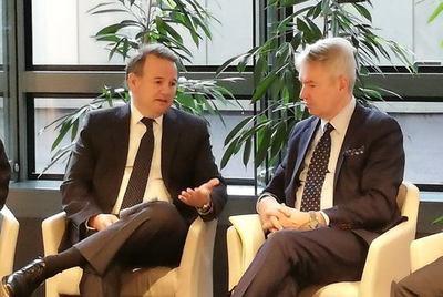 Empezó la discusión diplomática: vicecanciller se reunió con jefe de diplomacia finlandesa sobre Arrom, Martí y Colmán
