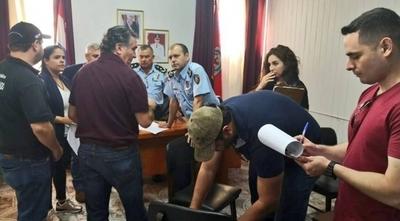 HOY / Policías ligados a narco seguirán en la Agrupación Especializada