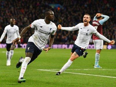 Un épico Liverpool remonta en cinco minutos para mantener a raya al City