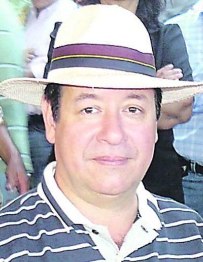 Miguel Cuevas se justifica y ataca al  senador Monges