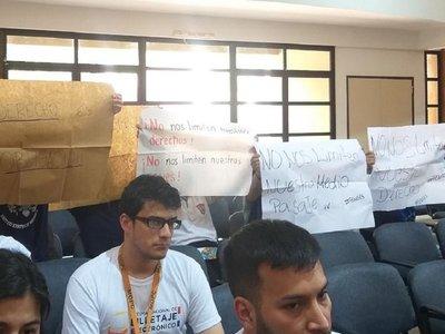 Billetaje electrónico: Alumnos critican intención de limitar viajes