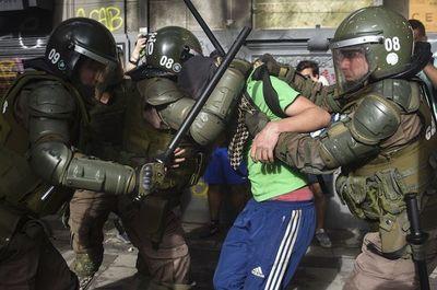 Chile: Miles marcharon ante un impotente poder