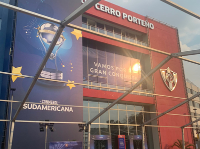 Detalles de las entradas compradas por hinchas de Colón e Independiente del Valle