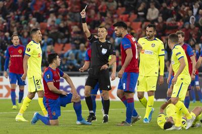 El Basilea de los paraguayos festeja en la Europa League