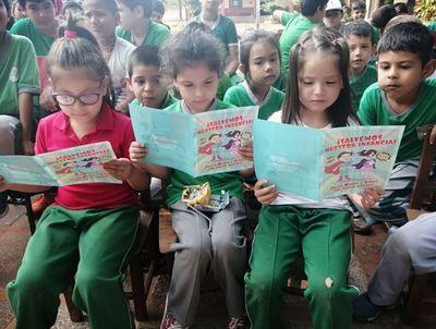 En Ñemby reconocen programas educativos de Central