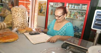 """La """"raya card"""" salva de  la crisis a almaceneros"""