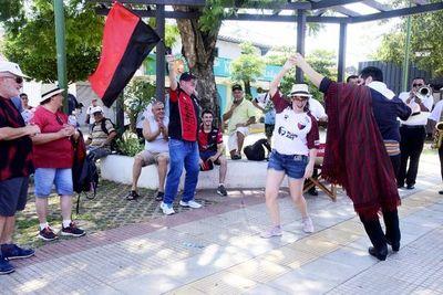 Colón de Santa Fe agradece a los paraguayos