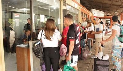 Migraciones analiza desvincular a funcionarios que pidieron dinero a ciudadano argentino