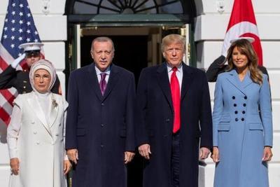 Trump recibe a Erdogan y destaca su «amistad» pese a polémica por Siria