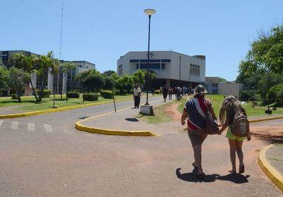 Grupo Lince custodia el Hospital Nacional ante creciente inseguridad