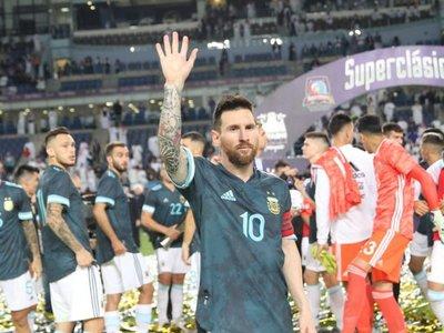 Messi decide el Superclásico de las Américas