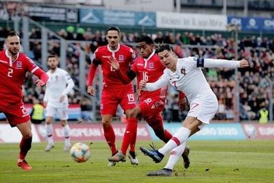HOY /  Portugal logra el pase a la Eurocopa y defenderá el título