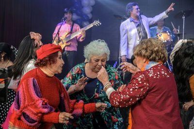 """Twist Paraguayo"", nuevo sonido de La Retroband"