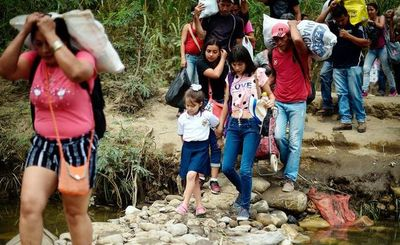 Más de 100.000 niños detenidos por migración en Estados Unidos, dice ONU
