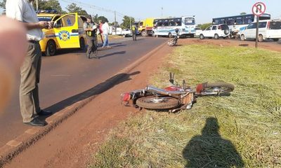 Accidente deja un motociclista herido