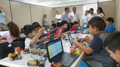 Embajador de Taiwán visitó Centro Tecnológico Municipal en Caacupé
