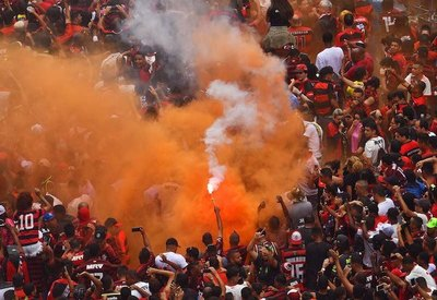 """Flamengo es """"Bicampeón' en menos de 24 horas"""
