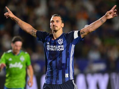Zlatan regresaría al fútbol sueco para vestir la camiseta del Hammarby