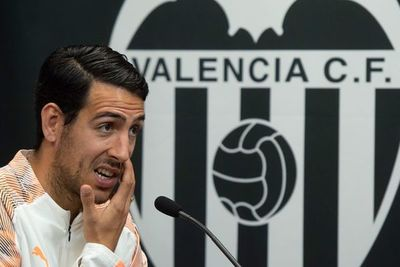 """El Valencia juega una """"final"""" contra el Chelsea"""