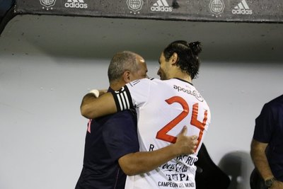 Olimpia buscó a 'Chiqui' para la Intercontinental contra Real Madrid
