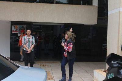 """Gobernador de Alto Paraná, otra vez acusado de """"pedófilo"""" por su esposa"""